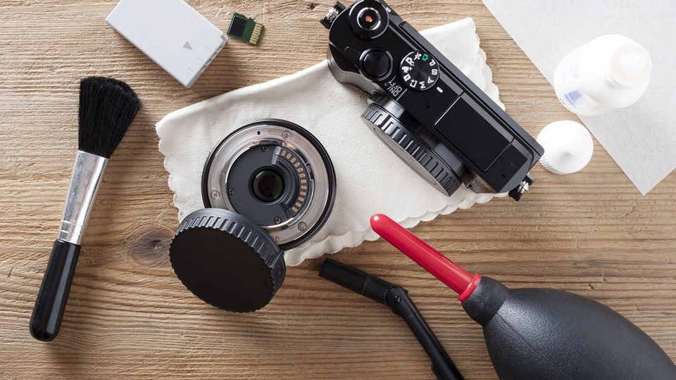Clean the Lens With Fluid or Solution